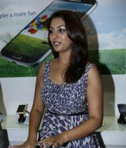richa-gangopadhyay-photos-at-micromax-canvas-hd-4-launch-09