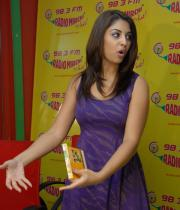 richa-gangopadhyay-radio-mirchi-for-sarocharu-audio-launch-12