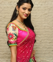 richa-panai-new-photo-stills-1