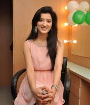 richa-panai-launches-cv-international-academy-of-beauty-11