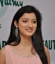 richa-panai-launches-cv-international-academy-of-beauty-24