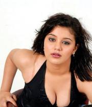roshitha-latest-hot-photos-01