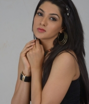 sakshi-choudhary-latest-hot-stills-3