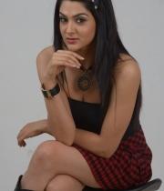 sakshi-choudhary-latest-hot-stills-4