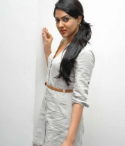 630_13_sakshi-chowdary-at-potugadu-platinum-disc-function-13