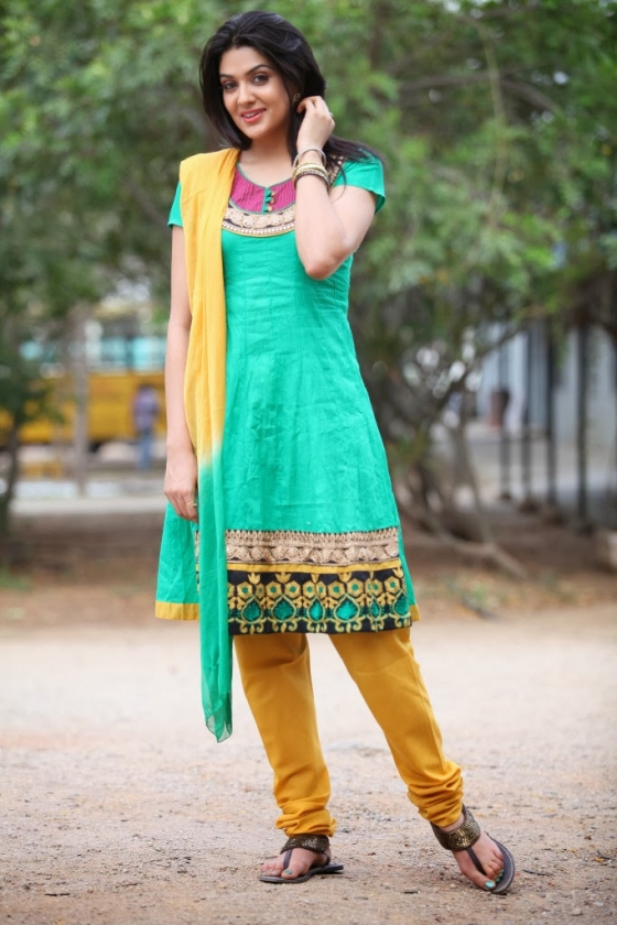 sakshi-chowdary-photos-10