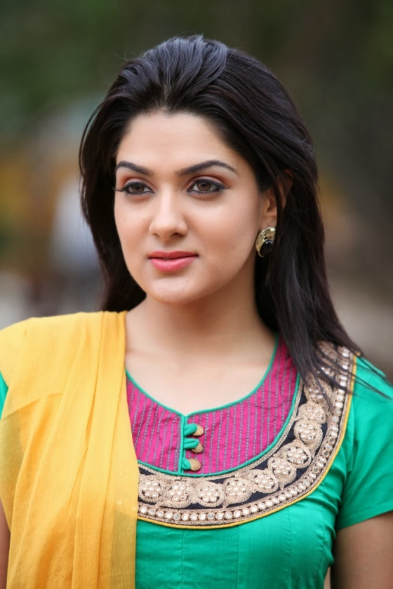 sakshi-chowdary-photos-20