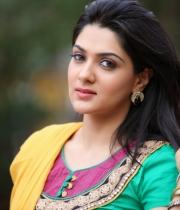 sakshi-chowdary-photos-1