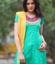 sakshi-chowdary-photos-11