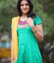 sakshi-chowdary-photos-9