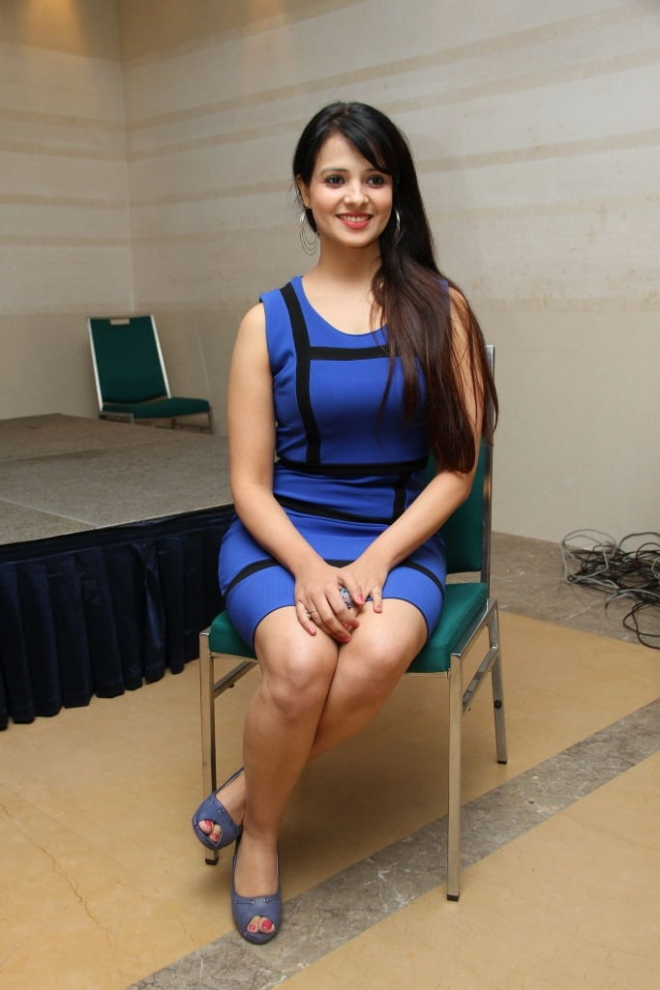 saloni-latest-photos-12