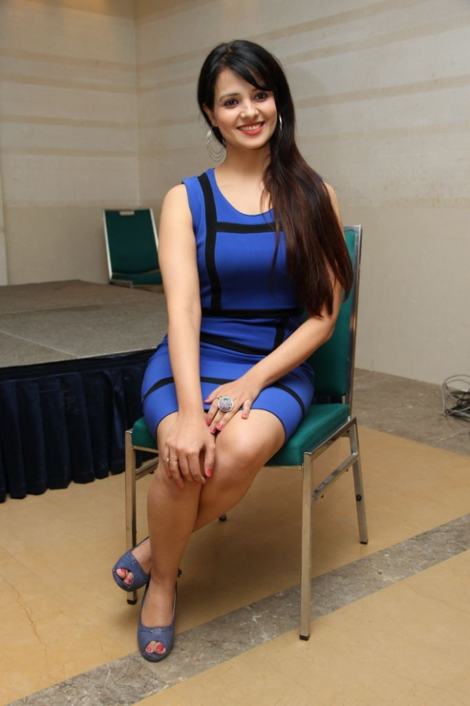 saloni-latest-photos-15