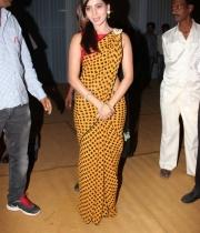 samantha-beautiful-photos-at-dil-raju-doughter-engagement-10