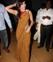 samantha-beautiful-photos-at-dil-raju-doughter-engagement-19