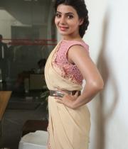 samantha-at-manam-movie-premier-show-10