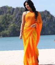 samantha-hot-stills-in-saree-12
