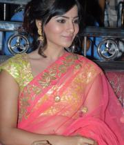 samantha-hot-navel-show-in-saree-07