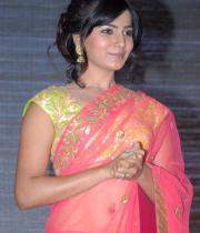 samantha-hot-navel-show-in-saree-10
