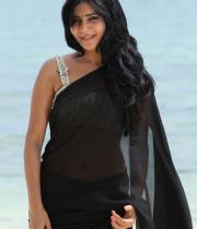 samantha-hot-photos-in-black-saree-16