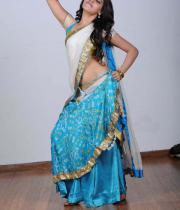 samantha-hot-navel-show-photogallery-_17_