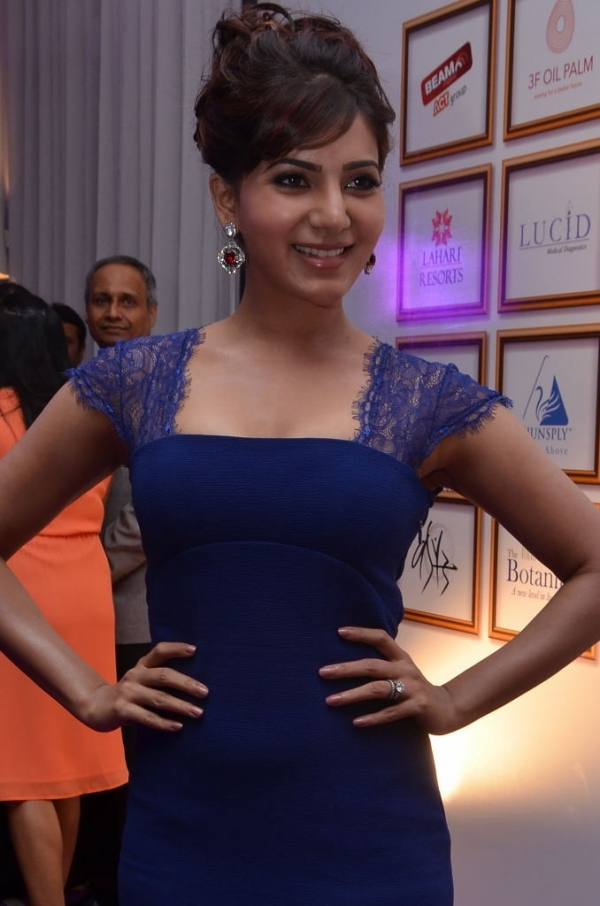 samantha-hot-at-food-for-change-charity-event111381153428