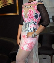 sameera-reddy-latest-hot-navel-cleavage-show-pictures-7