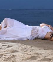sana-khan-latest-hot-photo-stills-03