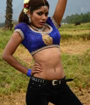 sandhithathum-sindhithathum-movie-hot-stills-14