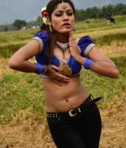 sandhithathum-sindhithathum-movie-hot-stills-17