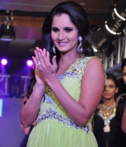sania-mirza-latest-photos-2