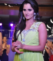 sania-mirza-latest-photos-3