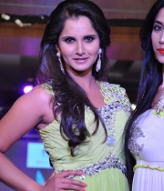 sania-mirza-latest-photos-5