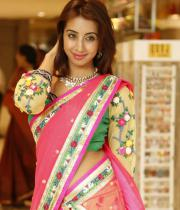 sanjana-hot-navel-show-in-half-saree-09