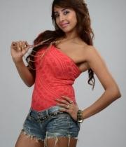 sanjana-latest-photos-10