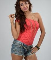 sanjana-latest-photos-13