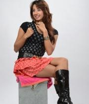 sanjana-latest-hot-thighs-show-in-mini-skirt-1