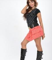 sanjana-latest-hot-thighs-show-in-mini-skirt-13