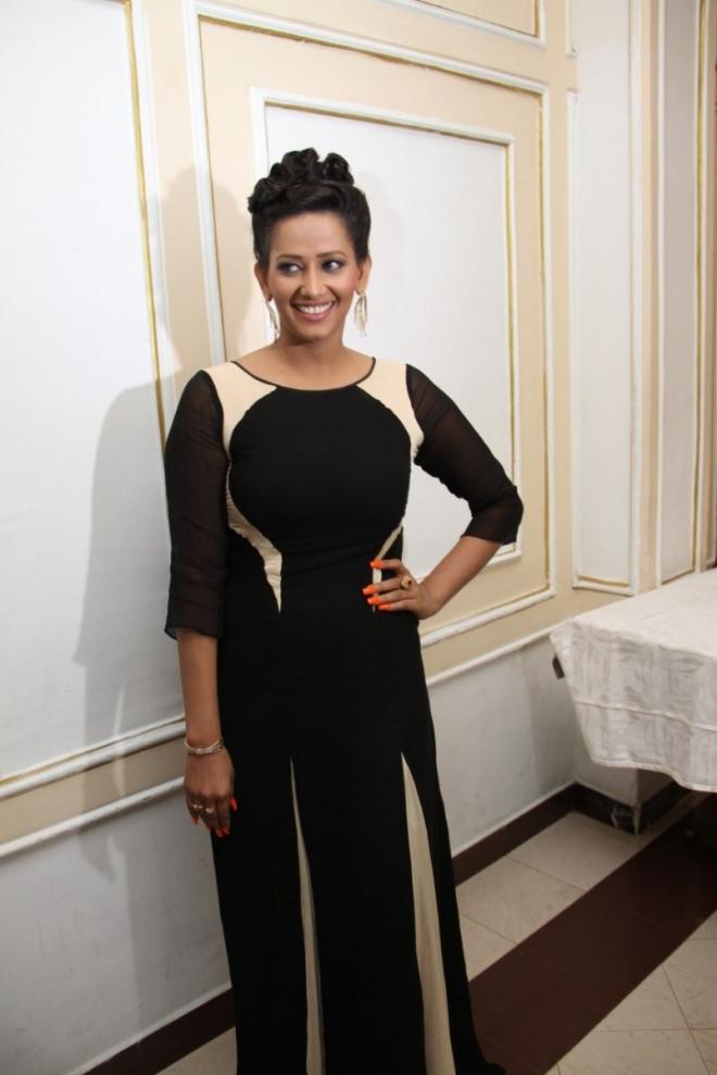 Actress Sanjana Singh New Stills