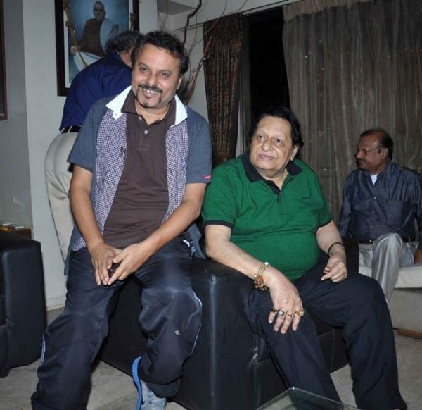 sanjay-sharma-birthday-bash-photostills-gallery-30_s_294
