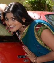 sari-kothaga-undi-lokam-opening-stills-19
