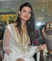 sayali-temple-jewellery-launch-stills-17