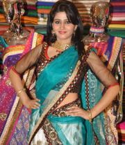 shamili-agarwal-half-saree-stills-1