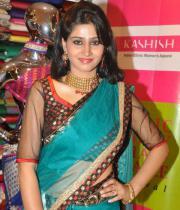 shamili-agarwal-half-saree-stills-7