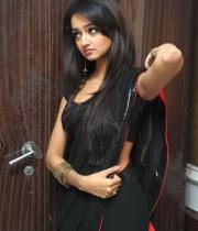 shanvi-hot-in-black-saree-photos-10
