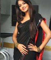 shanvi-hot-in-black-saree-photos-17