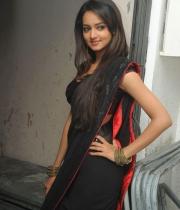 shanvi-hot-in-black-saree-photos-18