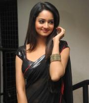 shanvi-hot-in-black-saree-photos-22