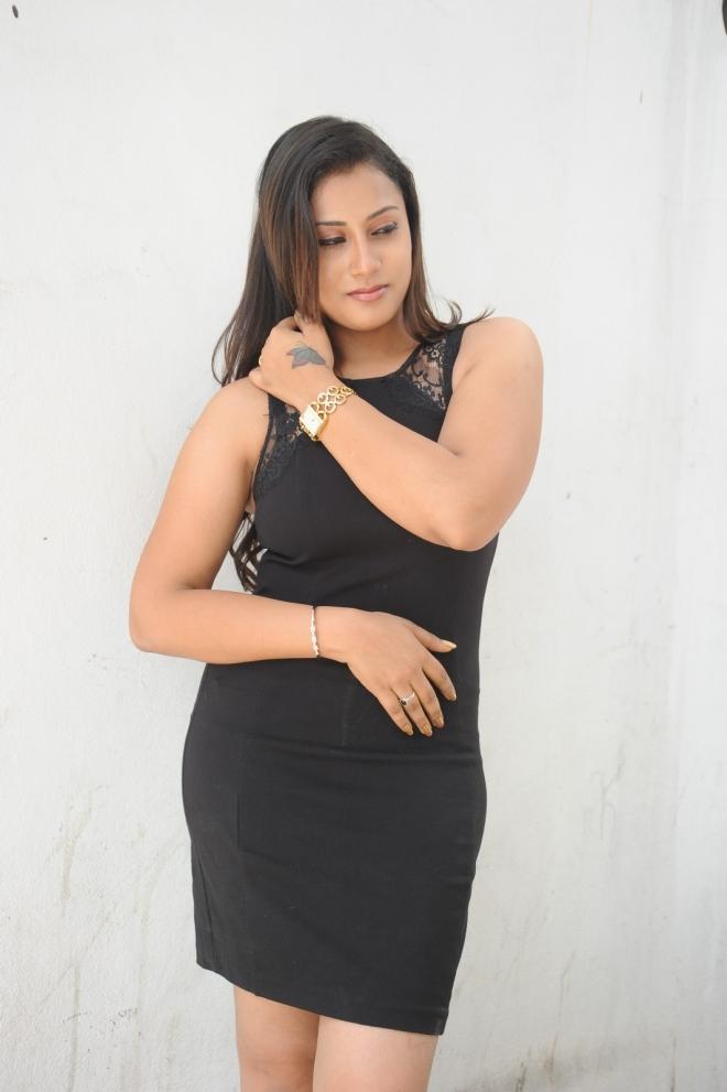 sharika-new-photos-139