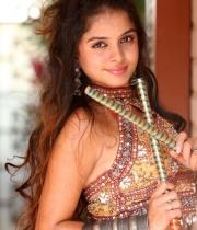 sheena-shahabadi-hot-nandeeswarudu1380873343