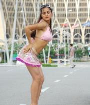 shraddha-arya-latest-hot-photos-02